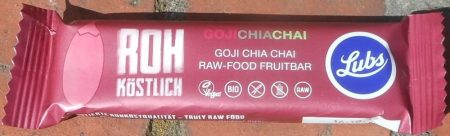 Raw Snack Bar with Goji berries, Chia sees and Chia flavour